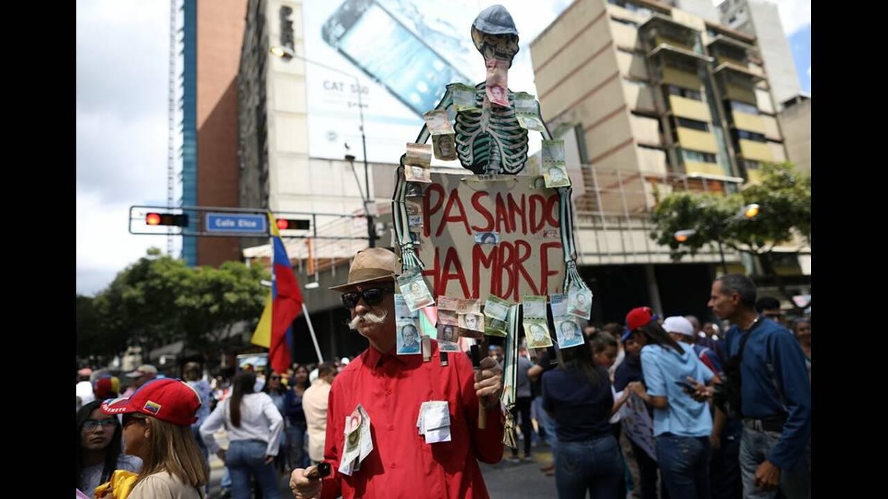 https://cdn.cnngreece.gr/media/news/2019/02/11/165355/photos/snapshot/2019-01-30T185042Z_298226844_RC129E20A350_RTRMADP_3_VENEZUELA-POLITICS.JPG