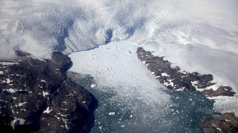 Σημαντική ανακάλυψη της NASA κάτω από τους πάγους της Γροιλανδίας