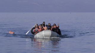 Αγνοείται 15χρονη μετά από ανατροπή βάρκας που μετέφερε 52 πρόσφυγες στη Μυτιλήνη
