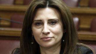 Εκτός γραμμής ΣΥΡΙΖΑ η Κασιμάτη - Ψήφισε «παρών» και «όχι» στη Συνταγματική Αναθεώρηση