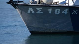 Κρουαζιερόπλοιο προσέκρουσε στο λιμάνι του Πειραιά λόγω ισχυρών ανέμων