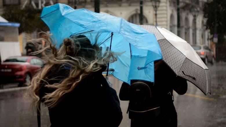 Κακοκαιρία: Επιμένει η «Χιόνη» - Ποιες περιοχές θα σαρώσει