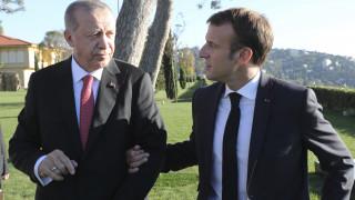 Ερντογάν: Ο Μακρόν είναι αρχάριος στην πολιτική – Να μάθει ιστορία