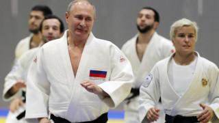 Η Ρωσίδα αθλήτρια του τζούντο που έβγαλε «νοκ-αουτ» τον Βλαντιμίρ Πούτιν