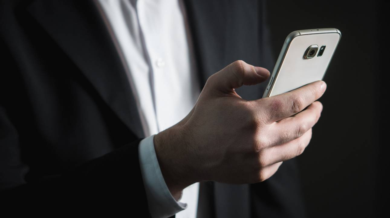 Μεγάλες αλλαγές στην κινητή τηλεφωνία: Τι αλλάζει στις χρεώσεις