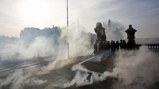 Νέα επεισόδια στις διαδηλώσεις των «κίτρινων γιλέκων» - Τραυματίες και δεκάδες προσαγωγές