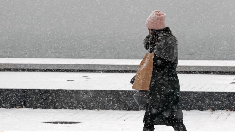 Καιρός: Νέο κύμα κακοκαιρίας φέρνει χιονοπτώσεις και στην Αθήνα