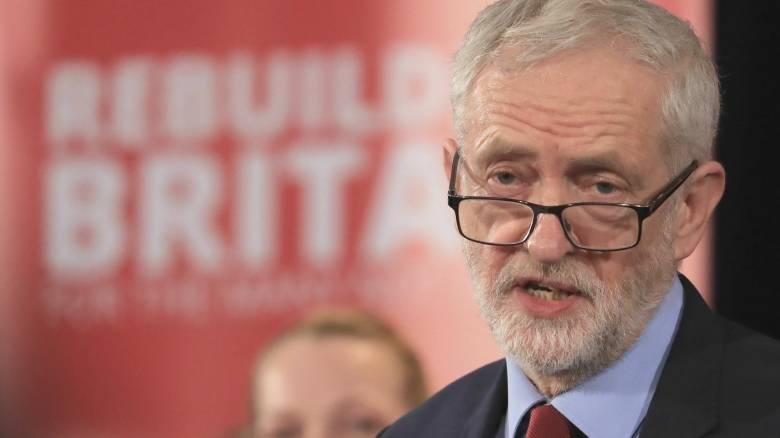 Βρετανία: Παραιτήθηκαν επτά βουλευτές του Εργατικού Κόμματος λόγω Κόρμπιν