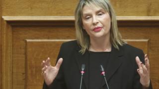 «Άλλο η πολιτική κριτική, άλλο η στοχοποίηση» λέει η Παπακώστα για την αγωγή σε Μητσοτάκη