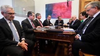 Τις θέσεις της ΝΔ για τα κόκκινα δάνεια παρουσίασε στους τραπεζίτες ο Μητσοτάκης