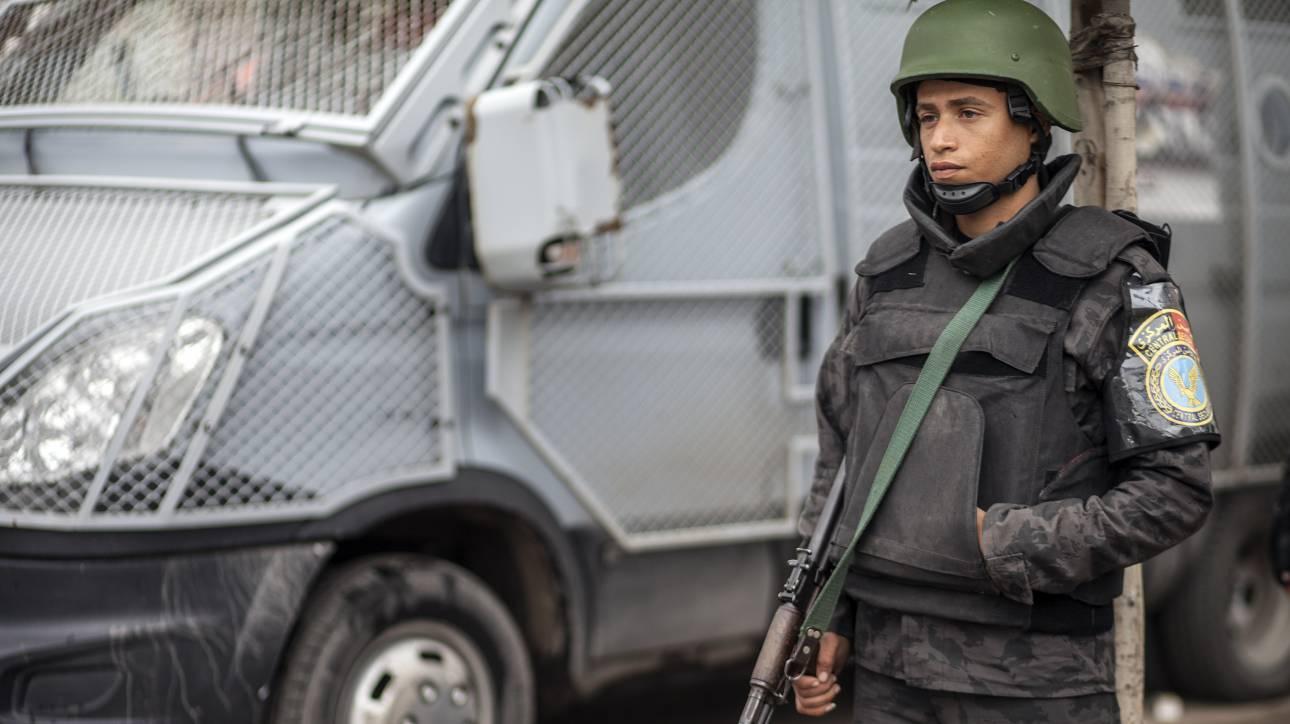 Έκρηξη σε αρχαία συνοικία του Καΐρου - Άνδρας πυροδότησε εκρηκτικά