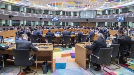 Reuters: Δεν επιστρέφονται τα κέρδη των ομολόγων χωρίς νόμο για τα κόκκινα δάνεια