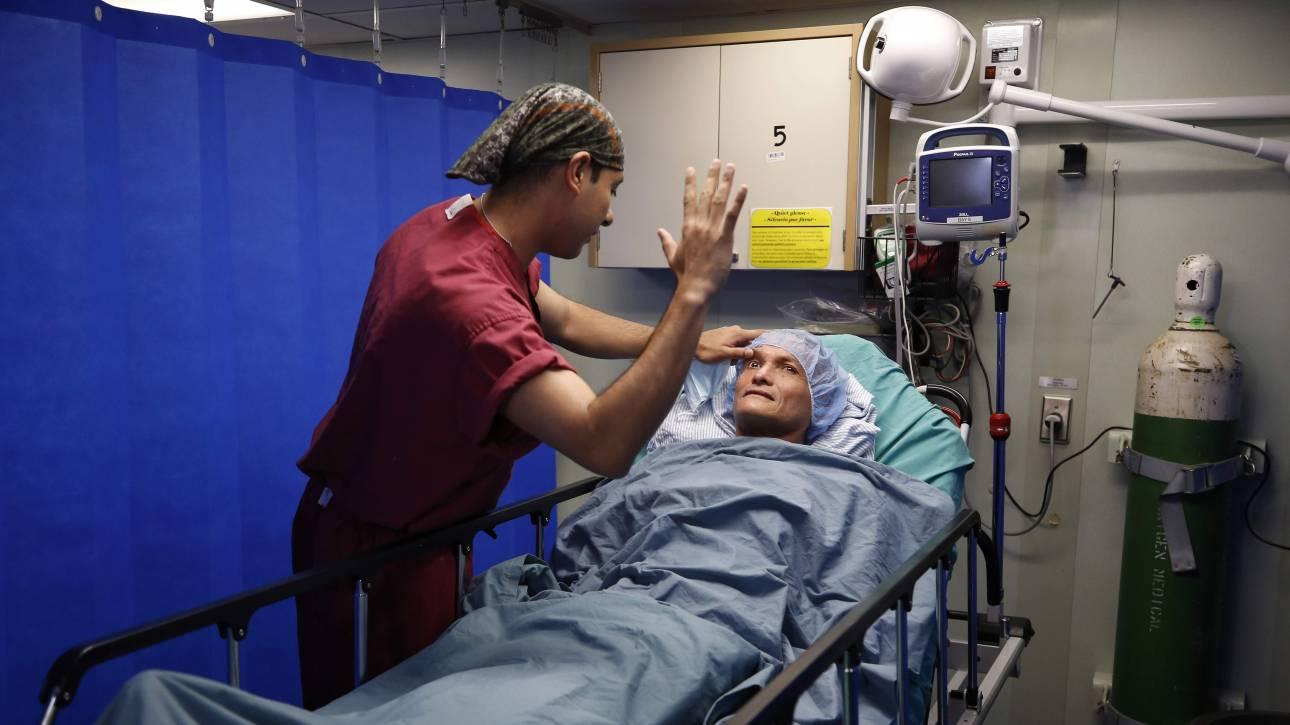Γονιδιακή θεραπεία για την εκφύλιση της ωχράς κηλίδας εφαρμόστηκε για πρώτη φορά σε μία 80χρονη