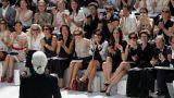 Καρλ Λάγκερφελντ: Ο «Κάιζερ» της παγκόσμιας μόδας λάτρευε να προκαλεί
