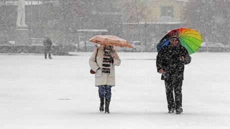 Ραγδαία επιδείνωση του καιρού με χιόνια, καταιγίδες και κατακόρυφη πτώση της θερμοκρασίας