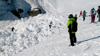 Πήγαν για σκι και θάφτηκαν στο χιόνι - Τραυματίες από τη χιονοστιβάδα στο Κραν Μοντάνα