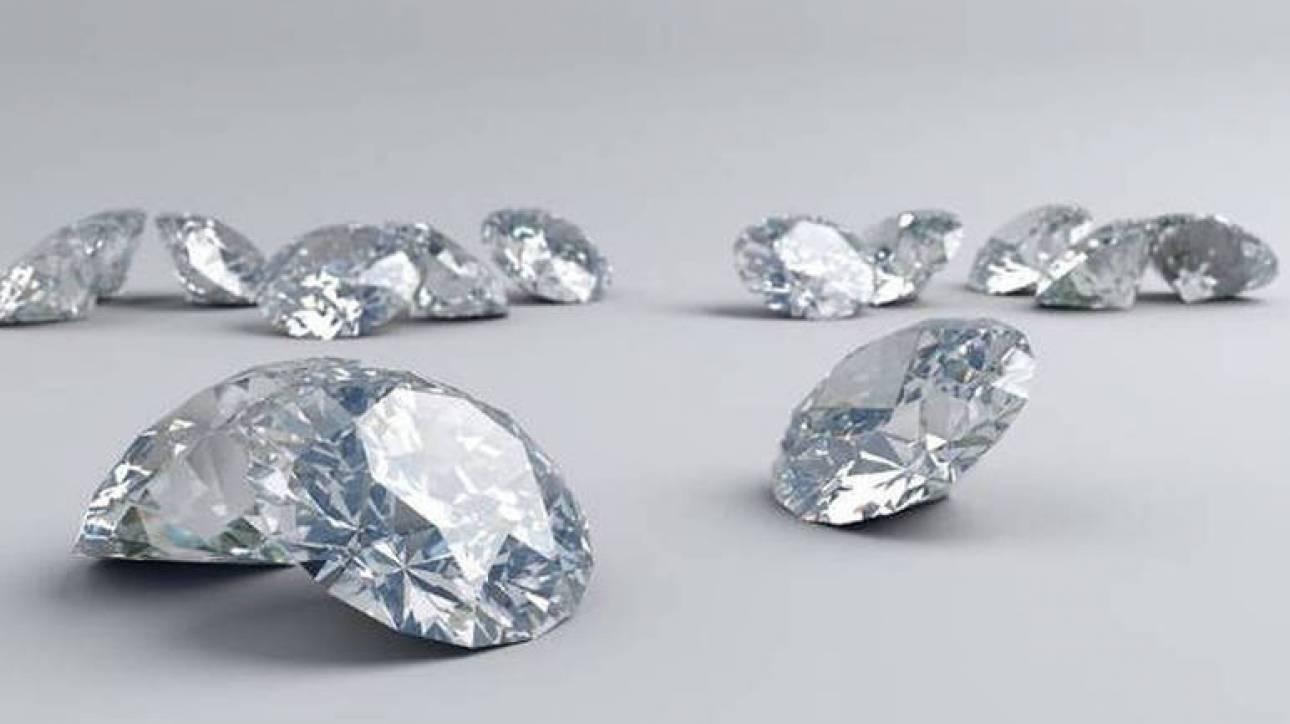 Σκάνδαλο στην Ιταλία: Σε απάτη με διαμάντια εμπλέκονται οι τέσσερις μεγαλύτερες τράπεζες της χώρας