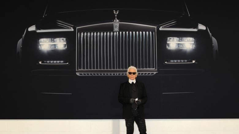Αυτοκίνητο: Ο Karl Lagerfeld φωτογράφιζε μανιωδώς αυτοκίνητα