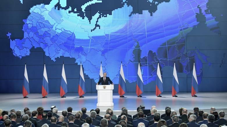 Ευθεία απειλή Πούτιν: Θα στοχεύσουμε τις ΗΠΑ, αν η Ουάσινγκτον αναπτύξει πυραύλους στην Ευρώπη