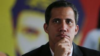 Βενεζουέλα: Στα σύνορα με την Κολομβία ο Γκουαϊδό για να παραλάβει την ανθρωπιστική βοήθεια