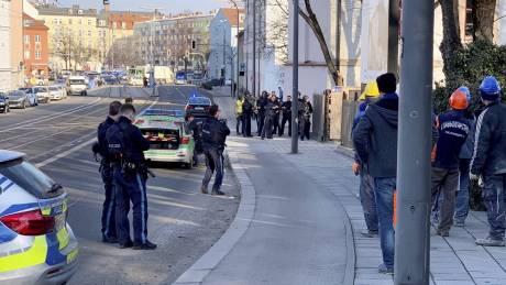Συναγερμός στο Μόναχο: Δύο νεκροί μετά από πυροβολισμούς