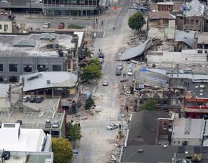 2011 Ένας καταστροφικός σεισμός χτυπάει τη Νέα Ζηλανδία, προκαλώντας την κατάρρευση αρκετών κτηρίων και το θάνατο 65 ανθρώπων.