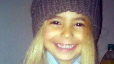 Σοκάρει ο πατέρας της μικρής Άννυ: Δεν τη σκότωσα, τη βρήκα νεκρή με μπλε χείλη