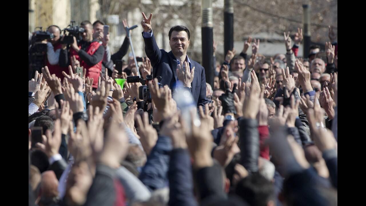 https://cdn.cnngreece.gr/media/news/2019/02/21/166547/photos/snapshot/AP_19052458636433.jpg