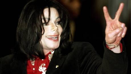Καθαρίστρια Μάικλ Τζάκσον: Ήταν παιδόφιλος – αρπακτικό και απειλούσε να με σκοτώσει αν μιλούσα