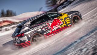 Το Audi e-tron μπορεί και ανεβαίνει ανάποδα μια σχεδόν κάθετη πίστα του σκι