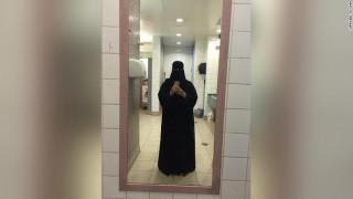 Θρίλερ με αδελφές από τη Σ. Αραβία: Κρύβονται γιατί φοβούνται ότι θα έχουν την τύχη του Κασόγκι