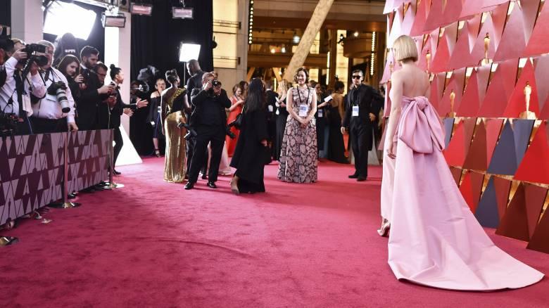 Όσκαρ 2019: Πώς επιλέγουν οι σταρ τα ρούχα που φοράνε στο κόκκινο χαλί