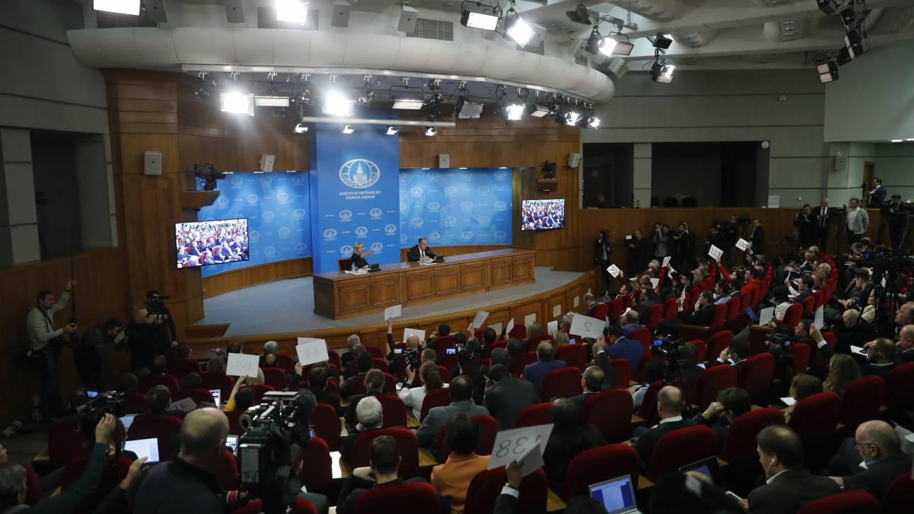 Ρωσία: Πράκτορας των ΗΠΑ ο Γκουαϊδό – Σχεδιάζουν να εξοπλίσουν την αντιπολίτευση