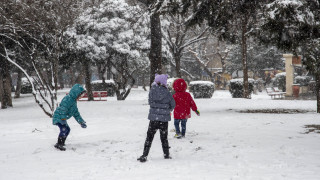 Κακοκαιρία «Ωκεανίς»: Έχει ξεπεράσει το ένα μέτρο το χιόνι στη Σαμοθράκη
