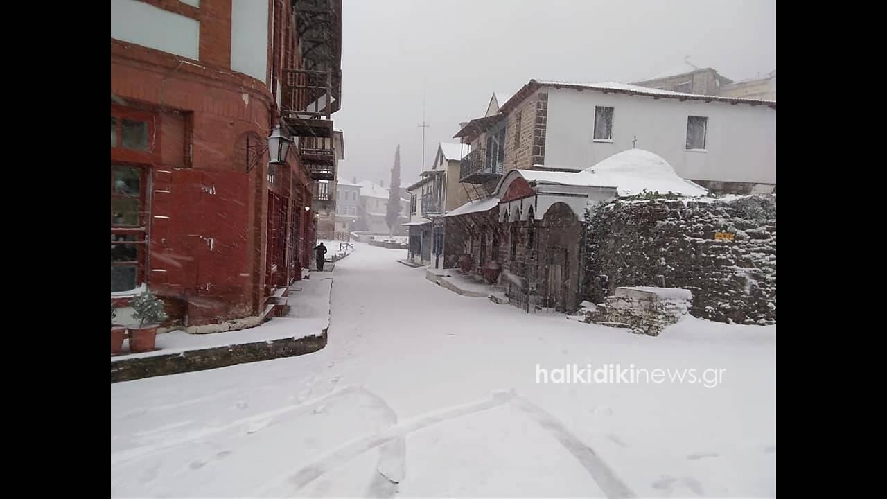 https://cdn.cnngreece.gr/media/news/2019/02/24/166823/photos/snapshot/agiooros2.jpg