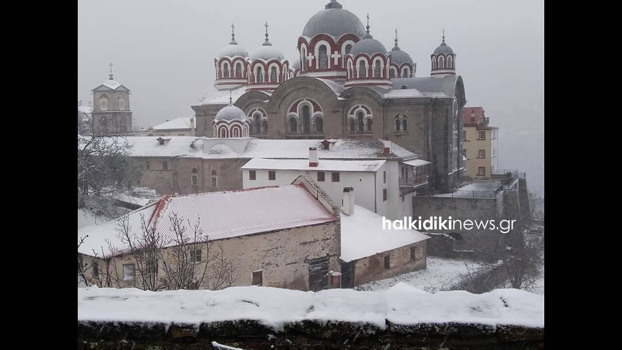 https://cdn.cnngreece.gr/media/news/2019/02/24/166823/photos/snapshot/agiooros3.jpg