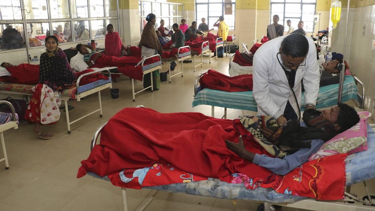 Ινδία: Ακόμη 29 νεκροί από κατανάλωση νοθευμένου αλκοόλ