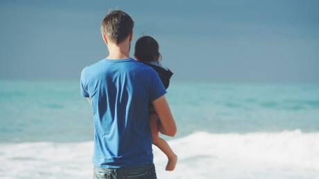 Parenting: Μεγαλώνοντας τα παιδιά μας ως φίλους και συνεργάτες