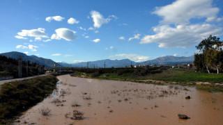 Κακοκαιρία: Εικόνες καταστροφής στην Κρήτη - Ένας αγνοούμενος στα Χανιά
