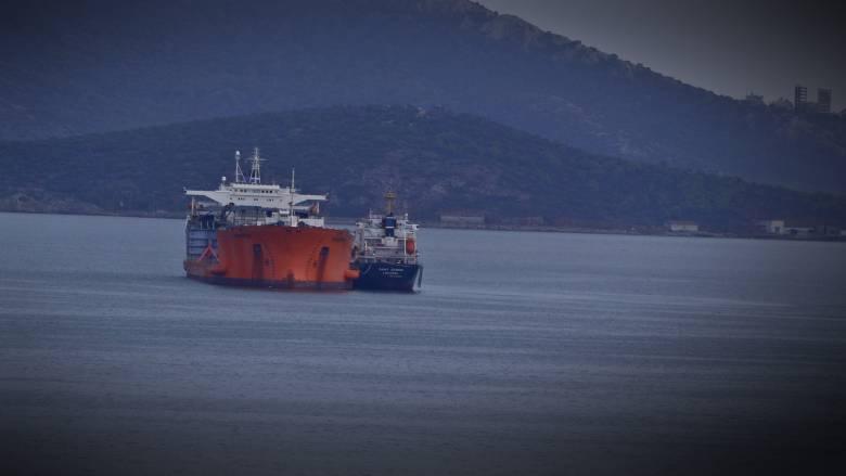 Ακυβέρνητο δεξαμενόπλοιο στην Αλόννησο