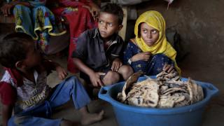 Λιμοκτονούν στην Υεμένη: Παντρεύουν παιδιά από την «τρυφερή» ηλικία των τριών ετών για να επιβιώσουν