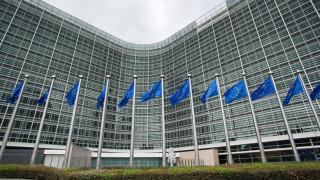 Αυστηρές συστάσεις από την Κομισιόν προς την Ελλάδα - Τι λέει για τις 120 δόσεις