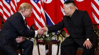Σύνοδος Τραμπ-Κιμ: Τι δείχνει η «γλώσσα του σώματος» για τους δύο ηγέτες