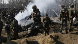 Πακιστάν: Βίντεο με τον Ινδό πιλότο που συνελήφθη - Σε αυτοσυγκράτηση καλεί η ΕΕ