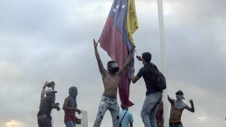 Βενεζουέλα: Μικρές αλήθειες και μεγάλα αδιέξοδα