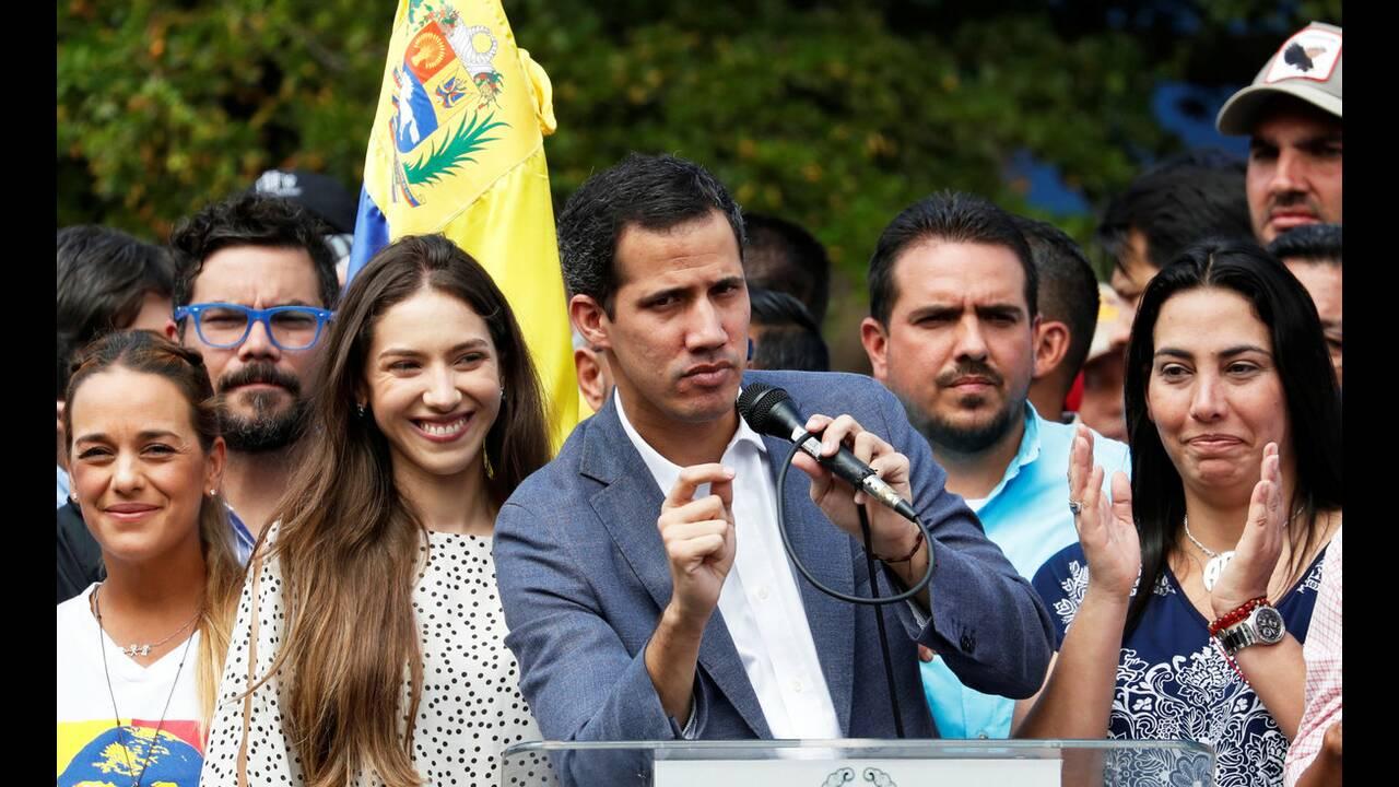 https://cdn.cnngreece.gr/media/news/2019/02/28/167432/photos/snapshot/2019-01-26T184912Z_885657554_RC19C48C3970_RTRMADP_3_VENEZUELA-POLITICS.jpg