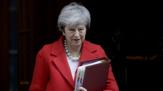 Brexit: Νέα παραίτηση υπουργού με «πυρά» κατά Μέι