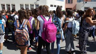 Αντιδράσεις για την απόφαση Γαβρόγλου να αλλάξει το σχολικό ωράριο