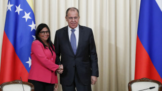 Η Βενεζουέλα μεταφέρει τα γραφεία της κρατικής πετρελαϊκής εταιρείας στη Μόσχα