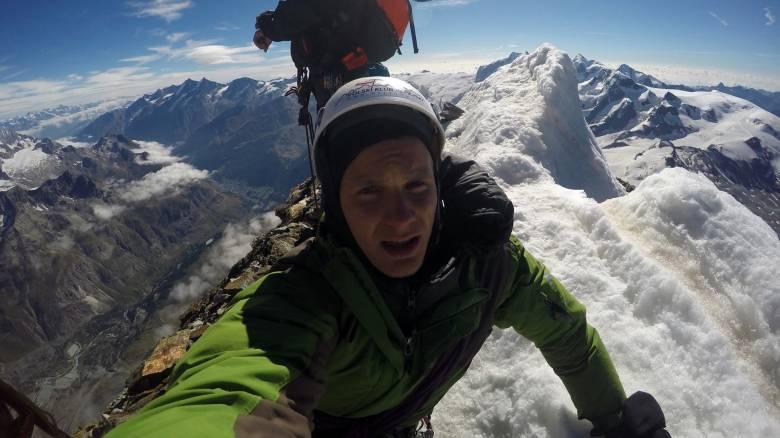 Τραγωδία: Ορειβάτης διαβεβαίωσε τη μητέρα του ότι είναι καλά και μετά έπεσε σε χαράδρα 400 μέτρων